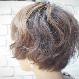 パーマ ナチュラル フェミニン ゆるふわ ヘアスタイルや髪型の写真・画像