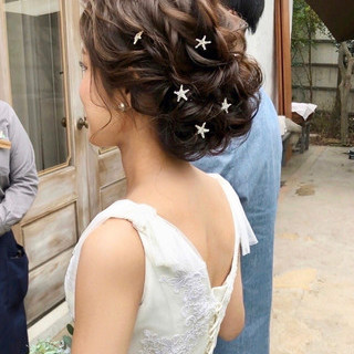 セミロング 結婚式ヘアアレンジ ヘアアレンジ おしゃれさんと繋がりたい ヘアスタイルや髪型の写真・画像