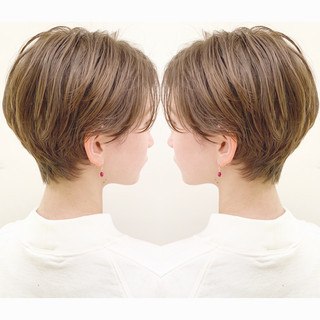ショート ナチュラル デート パーマ ヘアスタイルや髪型の写真・画像 ヘアスタイルや髪型の写真・画像