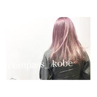 ストリート パープル ミディアム アッシュ ヘアスタイルや髪型の写真・画像