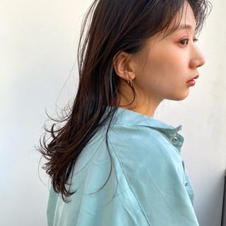 ヘルシーミディ ウェットヘア ヘルシー ヘルシースタイル ヘアスタイルや髪型の写真・画像