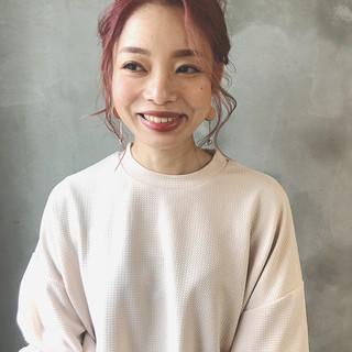 大人かわいい 簡単ヘアアレンジ ミディアム フェミニン ヘアスタイルや髪型の写真・画像