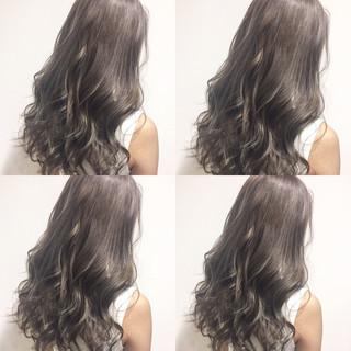グラデーションカラー アッシュ 外国人風 グレージュ ヘアスタイルや髪型の写真・画像