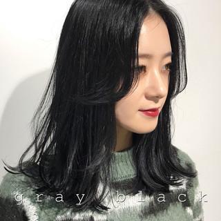 暗髪 モード ネイビー レイヤーカット ヘアスタイルや髪型の写真・画像