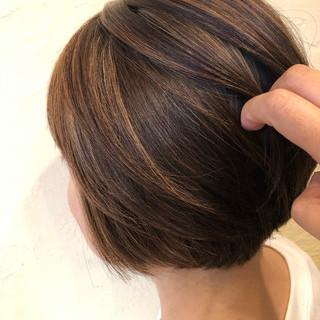 ボブ ナチュラルベージュ ショートボブ ナチュラル ヘアスタイルや髪型の写真・画像