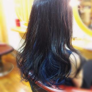 インナーカラー 外国人風カラー カール ストリート ヘアスタイルや髪型の写真・画像