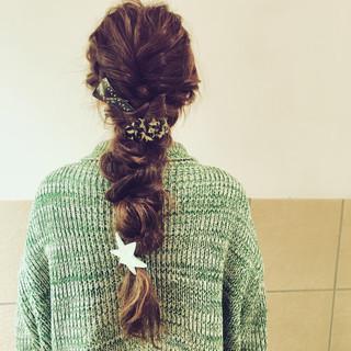 ロング 編み込み ヘアアレンジ 簡単ヘアアレンジ ヘアスタイルや髪型の写真・画像 ヘアスタイルや髪型の写真・画像