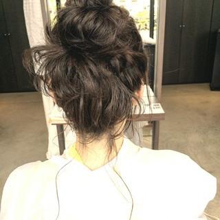 ショート ヘアアレンジ お団子 ルーズ ヘアスタイルや髪型の写真・画像