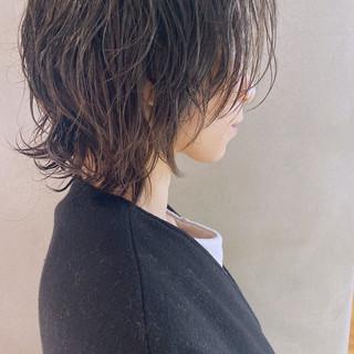 ウルフパーマ ニュアンスウルフ パーマ ウルフカット ヘアスタイルや髪型の写真・画像