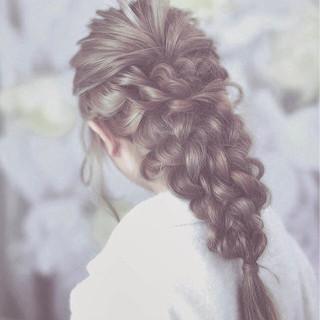 ロング ゆるふわ ヘアアレンジ フェミニン ヘアスタイルや髪型の写真・画像