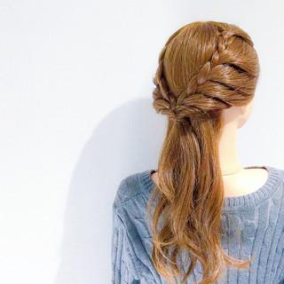 上品 アウトドア セミロング エレガント ヘアスタイルや髪型の写真・画像