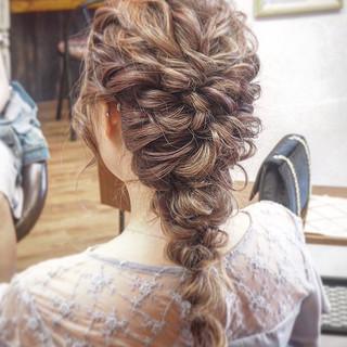 フェミニン ブライダル 結婚式ヘアアレンジ ロング ヘアスタイルや髪型の写真・画像