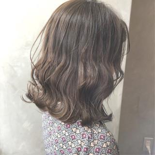 オフィス ヘアアレンジ 韓国 ボブ ヘアスタイルや髪型の写真・画像