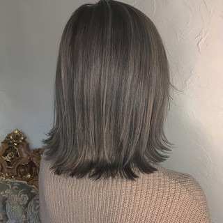 フェミニン ブリーチ 外国人風 アッシュ ヘアスタイルや髪型の写真・画像