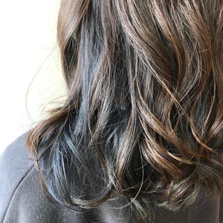 ストリート シアー インナーブルー ネイビーブルー ヘアスタイルや髪型の写真・画像