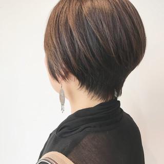 ショート ベリーショート ナチュラル ショートバング ヘアスタイルや髪型の写真・画像 ヘアスタイルや髪型の写真・画像