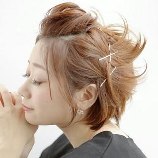 簡単ヘアアレンジ アッシュ ポンパドール ヘアピン ヘアスタイルや髪型の写真・画像 ヘアスタイルや髪型の写真・画像