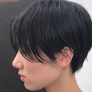 ナチュラル ショート ハンサム 黒髪 ヘアスタイルや髪型の写真・画像