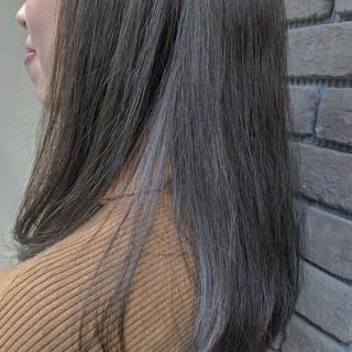 カーキアッシュ セミロング 大人カジュアル ストリート ヘアスタイルや髪型の写真・画像