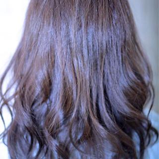 アッシュ コンサバ 外国人風 ゆるふわ ヘアスタイルや髪型の写真・画像 ヘアスタイルや髪型の写真・画像