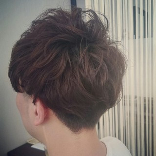 ボーイッシュ ナチュラル パーマ メンズ ヘアスタイルや髪型の写真・画像 ヘアスタイルや髪型の写真・画像