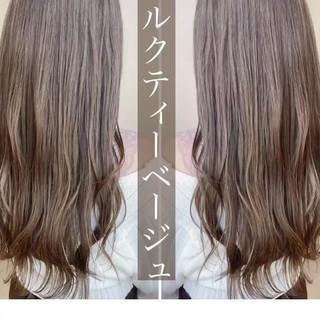 ミルクティーグレージュ ミルクティーベージュ レイヤーロングヘア ロング ヘアスタイルや髪型の写真・画像