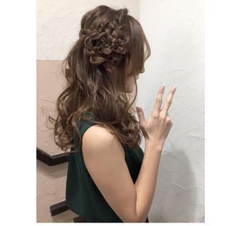 簡単ヘアアレンジ ショート セミロング ハーフアップ ヘアスタイルや髪型の写真・画像