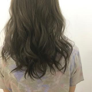 フェミニン 秋 ミディアム ブルージュ ヘアスタイルや髪型の写真・画像