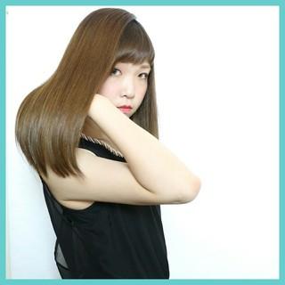 暗髪 ストレート ロング 大人かわいい ヘアスタイルや髪型の写真・画像 ヘアスタイルや髪型の写真・画像