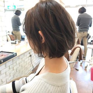 ショートヘア 3Dハイライト ナチュラル ボブ ヘアスタイルや髪型の写真・画像