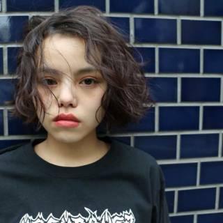ストレート ウェーブ ウェットヘア 暗髪 ヘアスタイルや髪型の写真・画像