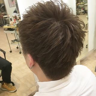 ナチュラル 束感 メンズショート 刈り上げ ヘアスタイルや髪型の写真・画像 ヘアスタイルや髪型の写真・画像
