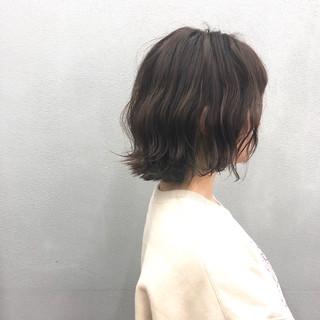 ボブ チェリーレッド チェリーピンク 極細ハイライト ヘアスタイルや髪型の写真・画像