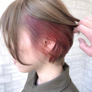 ボブ ナチュラル アンニュイほつれヘア 小顔ショート ヘアスタイルや髪型の写真・画像 ヘアスタイルや髪型の写真・画像