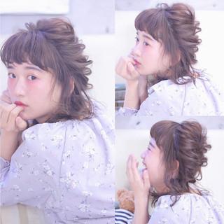くるりんぱ 前髪あり ミディアム ツインテール ヘアスタイルや髪型の写真・画像