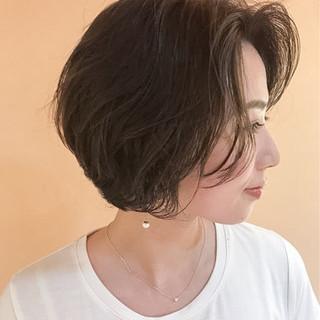 パーマ 大人かわいい ショート ナチュラル ヘアスタイルや髪型の写真・画像 ヘアスタイルや髪型の写真・画像