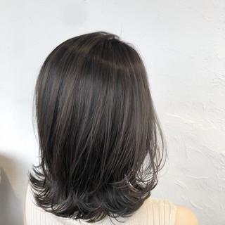 ハイライト ブリーチ 外国人風カラー フェミニン ヘアスタイルや髪型の写真・画像