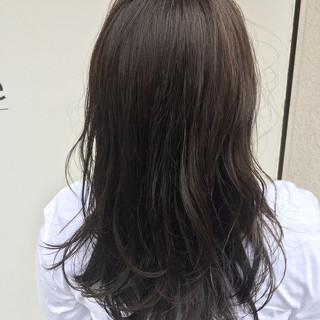オフィス パーマ フェミニン デート ヘアスタイルや髪型の写真・画像