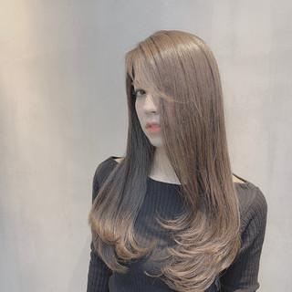 グレージュ 外国人風カラー ロング ブルージュ ヘアスタイルや髪型の写真・画像
