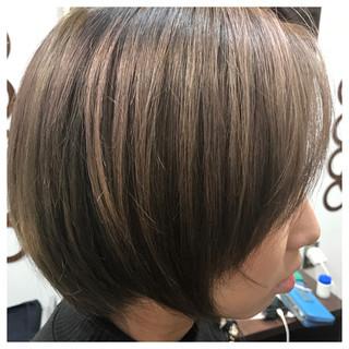 オーガニックアッシュ モード スモーキーアッシュ アッシュ ヘアスタイルや髪型の写真・画像 ヘアスタイルや髪型の写真・画像
