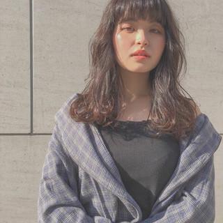 ロング 冬 アッシュ ナチュラル ヘアスタイルや髪型の写真・画像 ヘアスタイルや髪型の写真・画像