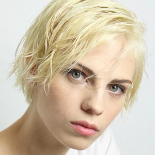大人かわいい ショート 外国人風 ナチュラル ヘアスタイルや髪型の写真・画像