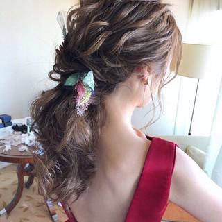 アンニュイほつれヘア 結婚式ヘアアレンジ ゆるナチュラル ヘアアレンジ ヘアスタイルや髪型の写真・画像