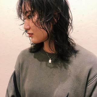 ストリート マッシュウルフ アウトドア ウルフカット ヘアスタイルや髪型の写真・画像