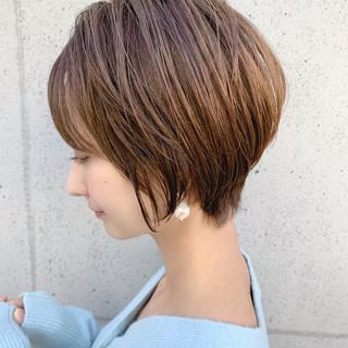 前下がりヘア 可愛い ふんわり 前下がりショート ヘアスタイルや髪型の写真・画像