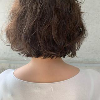 イルミナカラー インナーカラー 切りっぱなしボブ 大人ヘアスタイル ヘアスタイルや髪型の写真・画像