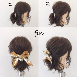 簡単ヘアアレンジ リラックス ヘアアレンジ ナチュラル ヘアスタイルや髪型の写真・画像 ヘアスタイルや髪型の写真・画像