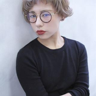 アッシュ ブラウン パーマ 外国人風 ヘアスタイルや髪型の写真・画像