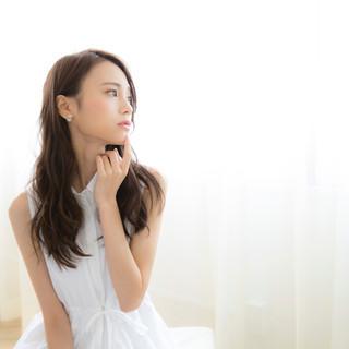 外国人風 グレージュ アッシュグレージュ アッシュ ヘアスタイルや髪型の写真・画像