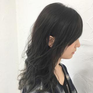 グラデーションカラー グレージュ アッシュ セミロング ヘアスタイルや髪型の写真・画像